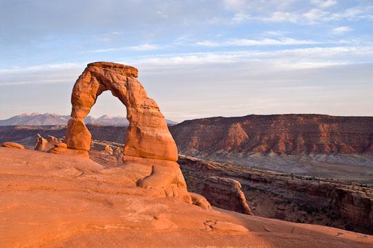 Delicate Arch im letzten Licht des Tages.